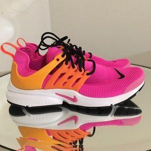 Woman's Pink Nike Air Presto Size 8